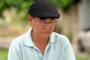 NSND Việt Anh: 'Lão công bộc' của sàn diễn