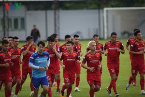 ĐT Việt Nam chạy đua với thời gian để chuẩn bị cho trận gặp Thái Lan