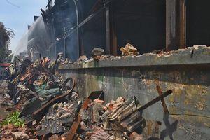 Sinh viên không nghỉ học qua dịp lễ 2/9 sau vụ cháy Công ty Rạng Đông