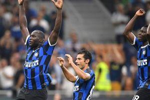 Lukaku tỏa sáng ở Inter Milan, Man United có nhớ cố nhân?