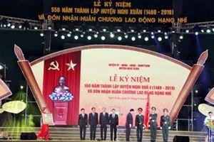Huyện Nghi Xuân đón nhận Huân chương Lao động Hạng Nhì