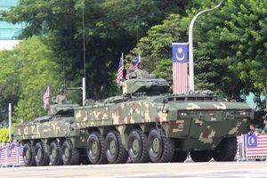 Malaysia mang hết vũ khí 'khủng' duyệt binh mừng 62 năm quốc khánh
