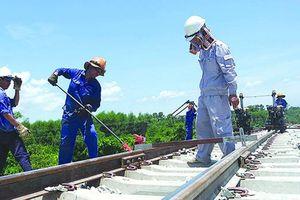 Thu nhập của người lao động đường sắt vẫn... 'mơ về nơi xa lắm'
