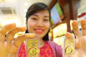 Vàng hình thành mặt bằng giá mới, có nên xuống tiền?