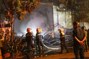 Hà Nội: Điều tra, làm rõ nguyên nhân vụ cháy kho đồ chơi ở Ngọc Hồi