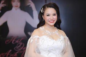 Sao Mai Đinh Trang ra mắt album nhạc cách mạng theo phong cách người trẻ