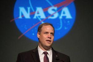 Lý do phi hành gia Mỹ không hạ cánh trên Mặt trăng và sao Hỏa