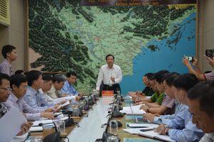 Áp thấp nhiệt đới diễn biến khó lường, Bộ trưởng NN&PTNT chỉ đạo nóng