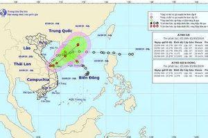 Hai áp thấp nhiệt đới chưa tan, bão lại 'đe dọa' Biển Đông