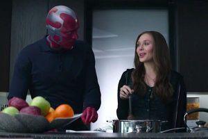 Giả thuyết của fan tiết lộ Scarlet Witch sẽ đổ lỗi cho Doctor Strange về cái chết của Vision!