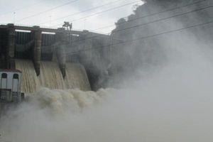 Hà Tĩnh: Mưa lớn, nhiều xã ở huyện miền núi ngập cục bộ