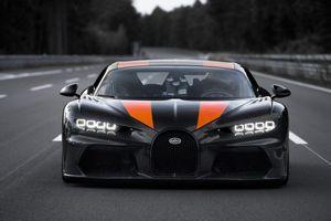 Video siêu xe Bugatti Chiron đạt tốc độ hơn 490 km/h