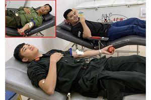 Ba chiến sĩ công an hiến máu 'cực hiếm' cứu người nguy kịch