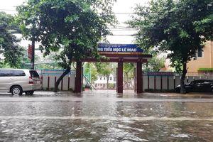 Nghệ An: Hơn 130 trường phải lùi ngày khai giảng do mưa lũ