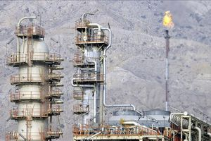 15 tỷ USD tiền bán dầu đổi lấy sự 'quay đầu' của Iran