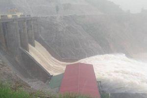 Mưa lũ tại Hà Tĩnh, 27 xã đã bị ngập, hàng ngàn ha lúa bị 'nhấn chìm'