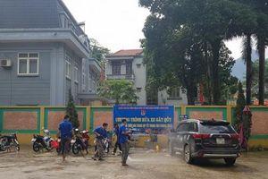 Thanh niên Quan Hóa: Rửa xe tình nguyện gây quỹ Trung thu cho trẻ em nghèo