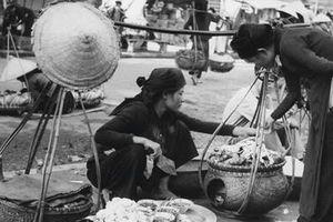 Tái hiện gánh hàng rong trên đường phố Hà Nội xưa