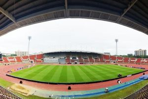 Mục sở thị sân đấu của ĐT Việt Nam và ĐT Thái Lan