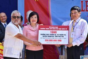 Hơn 1 tỉ đồng được trao cho trường THCS Thanh Xá (Phú Thọ) nhân dịp năm học mới