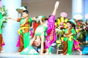 Nô nức ngày tựu trường của học sinh tiểu học Yên Hòa