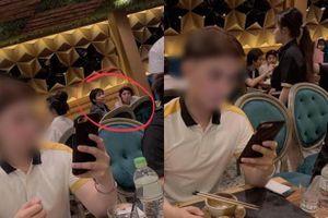 Sau tin đồn hẹn hò gây tranh cãi, Tim lại lộ hình đi ăn tối cùng Đàm Phương Linh
