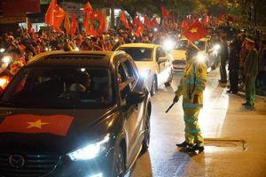 Hàng nghìn cảnh sát 'trực chiến' chống đua xe trận Việt Nam - Thái Lan