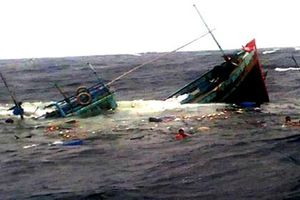 Danh tính các thuyền viên gặp nạn trên biển do sóng đánh lật thuyền