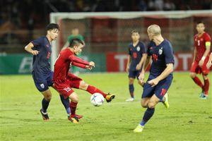 Vòng loại World Cup 2022: Chơi phòng ngự tập trung, đội tuyển Việt Nam cầm hòa Thái Lan trong hiệp 1