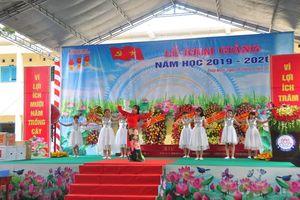 Chủ tịch Quốc hội Nguyễn Thị Kim Ngân dự lễ khai giảng năm học 2019 – 2020 tại Đồng Tháp