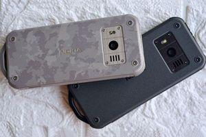 Nokia giới thiệu điện thoại 'nồi đồng cối đá', pin chờ 1 tháng