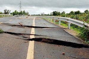 Gia Lai: Tuyến đường tránh qua Chư Sê bị sụt lở nghiêm trọng