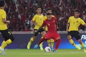 Malaysia ngược dòng đánh bại Indonesia trong trận cầu căng thẳng