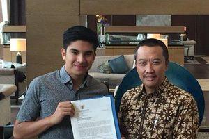 Sợ bị FIFA phạt, Indonesia đến khách sạn xin lỗi Malaysia