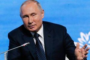 Tổng thống Putin tự hào máy bay tự sản xuất