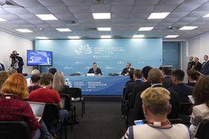 Ký kết hơn 270 thỏa thuận trị giá 47 tỷ USD tại Diễn đàn Kinh tế phương Đông
