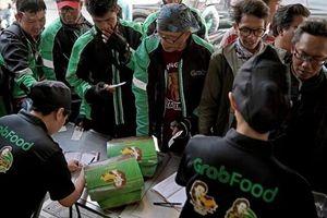 Grab và Gojek đang 'chiến' dữ dội trên thị trường giao đồ ăn trực tuyến