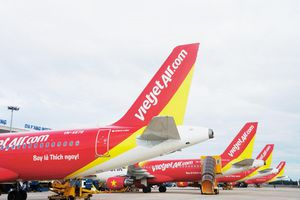 Ảnh hưởng của bão Ling Ling, một số chuyến bay thay đổi thời gian khởi hành