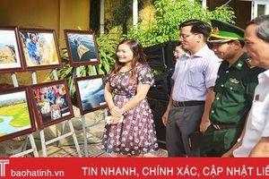 Hà Tĩnh triển lãm 74 tác phẩm tranh, ảnh về 'Biển đảo quê hương'