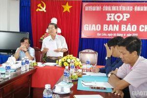 Chủ tịch Bạc Liêu chỉ đạo 'nóng' vụ phải đóng quỹ mới được nhận thẻ BHYT