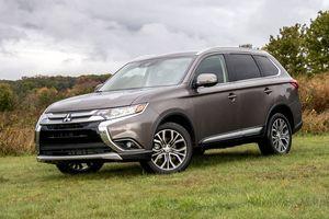 Cập nhật giá bán xe Mitsubishi tháng 9/2019: Giảm giá tới gần trăm triệu đồng