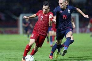 Fox Sports: 'Việt Nam thi đấu ổn định hơn Thái Lan'