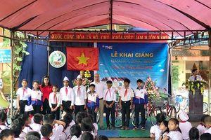 Tập đoàn TNG Holdings Vietnam trao tặng 110 xe đạp cho học sinh nghèo tại Gia Lai, Kon Tum