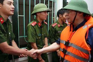 Xuất cấp gạo hỗ trợ dân Quảng Bình, Hà Tĩnh