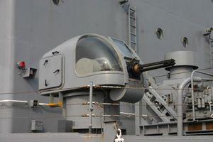 Pháo 6 nòng 'có người lái' trên Tàu 18 Hải quân VN