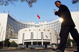 Trung Quốc hạ tỷ lệ dự trữ bắt buộc, bơm 126 tỷ USD vào nền kinh tế
