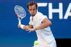 Đánh bại Dimitrov, 'hiện tượng' Medvedev thẳng tiến vào chung kết US Open 2019