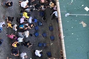 Vụ nổ ở chung cư Linh Đàm: Nhân chứng kể về chiếc hộp 'lạ' tại hiện trường