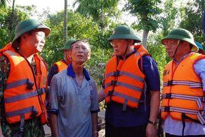 Phó Thủ tướng đến 'rốn lũ' Hà Tĩnh chỉ đạo công tác khắc phục hậu quả