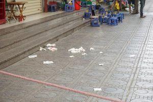 Hé lộ nguyên nhân hộp bưu phẩm phát nổ ở chung cư Linh Đàm khiến 3 người bị thương